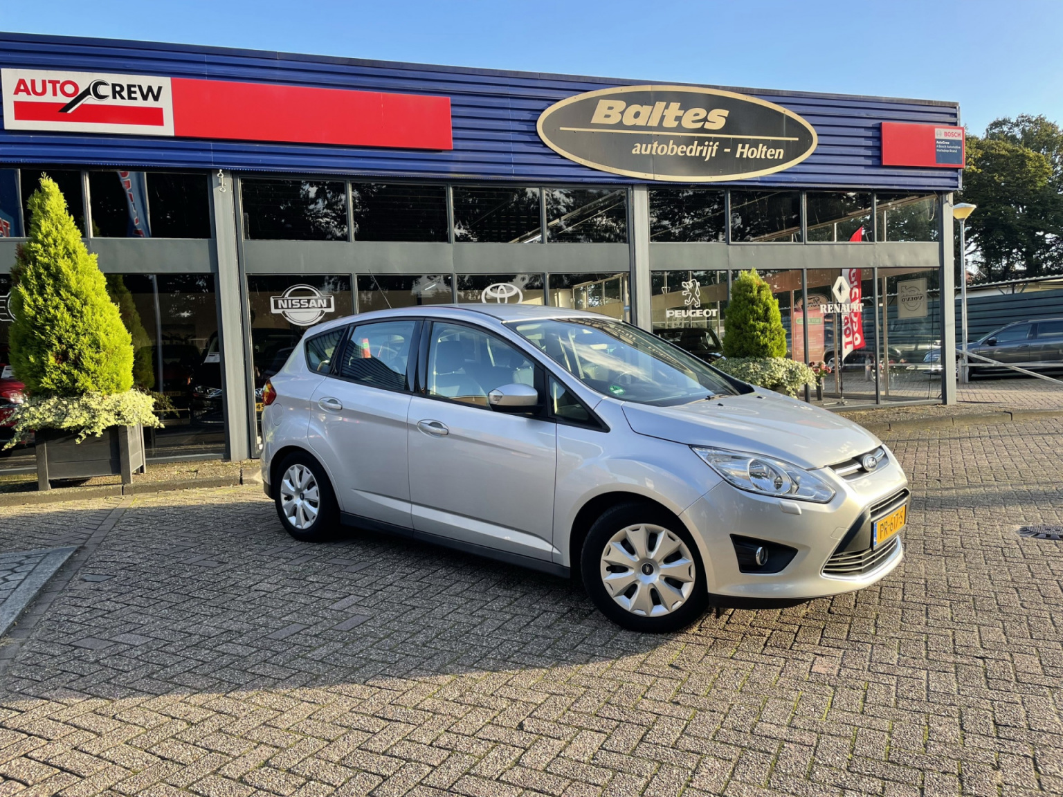 Ford-C-MAX-30