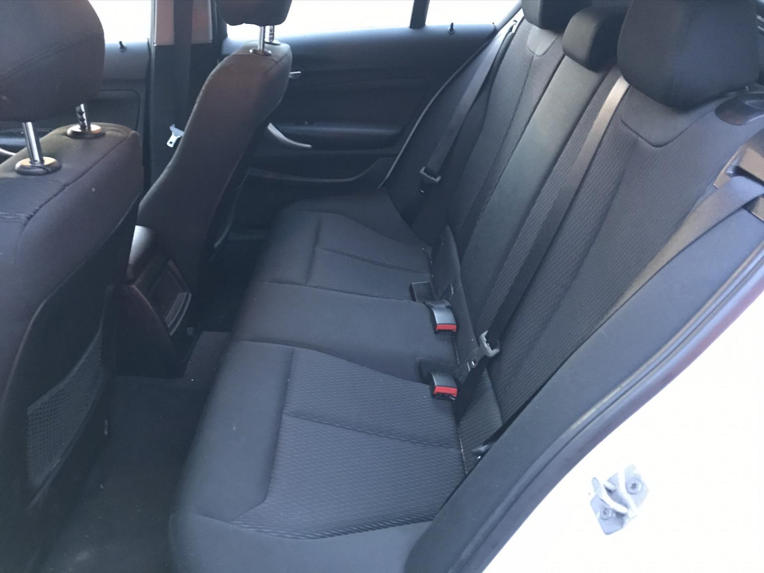 BMW-1 Serie-17