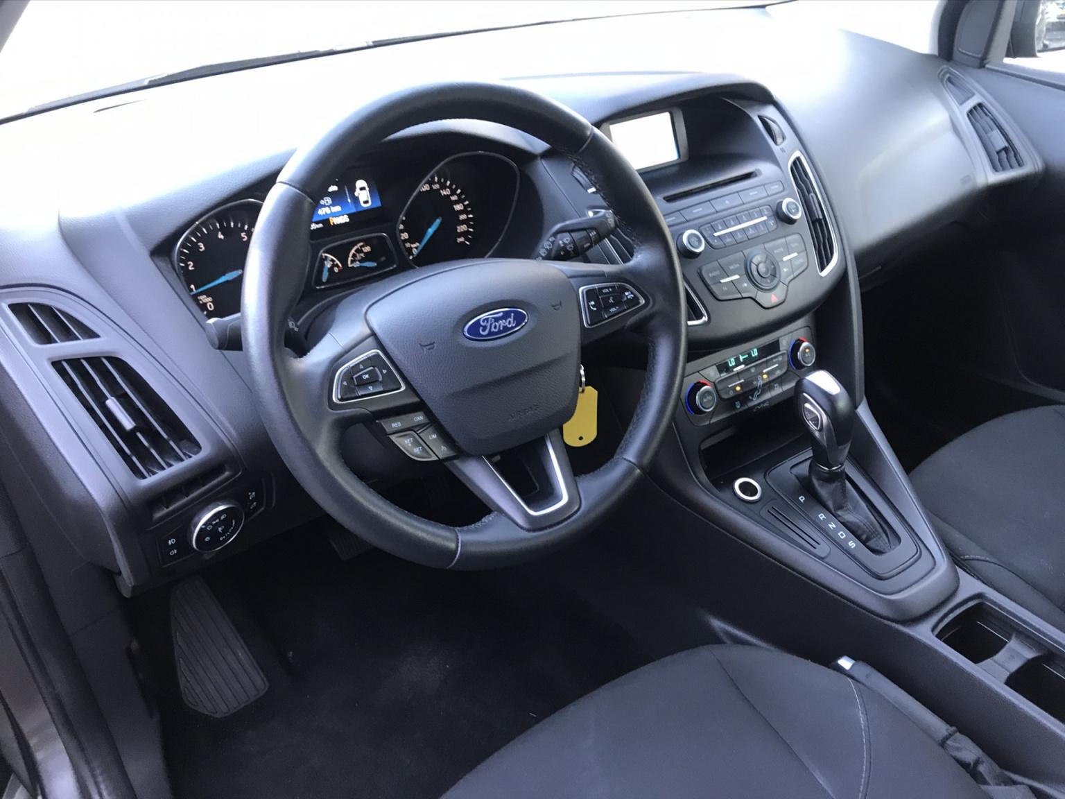 Ford-Focus-6