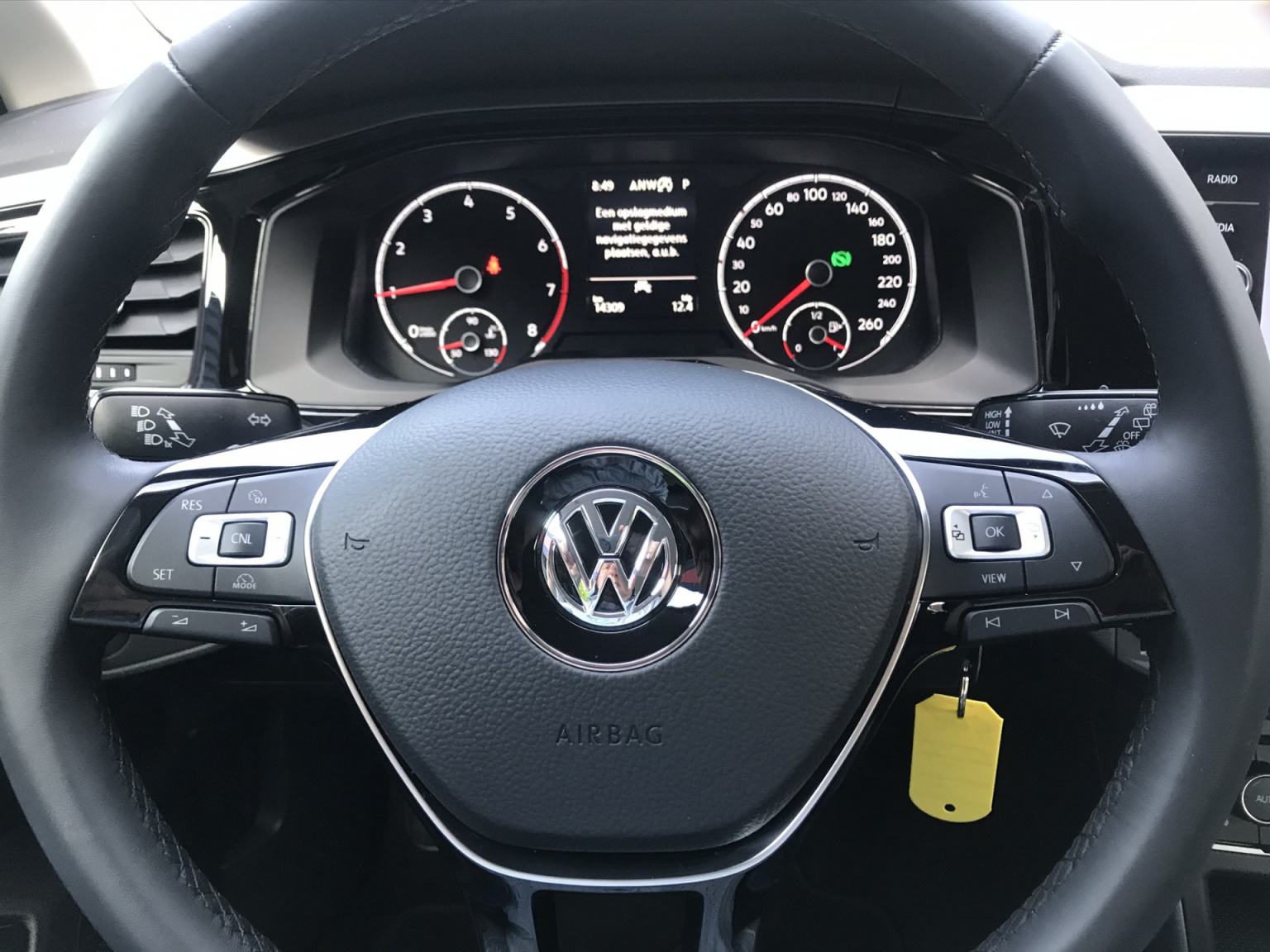 Volkswagen-Polo-6